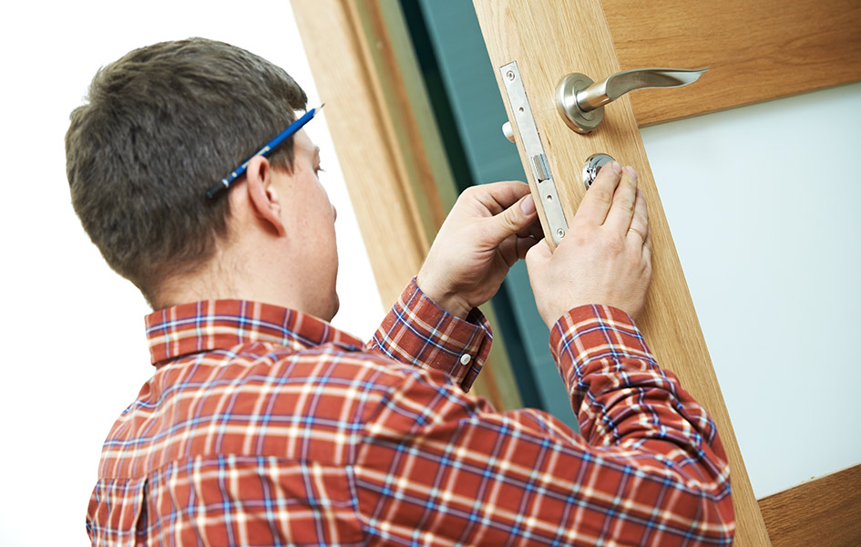 Türen selbst einbauen | HolzLand Stoellger in Langenhagen