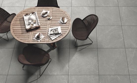 Keramik-Terrassenfliesen in grauer Steinoptik | HolzLand Stoellger in Langenhagen