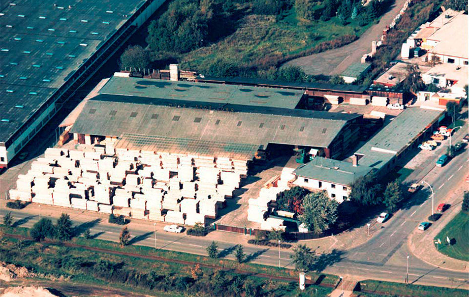 Der Start als Holzhandlung | HolzLand Stoellger in Langenhagen