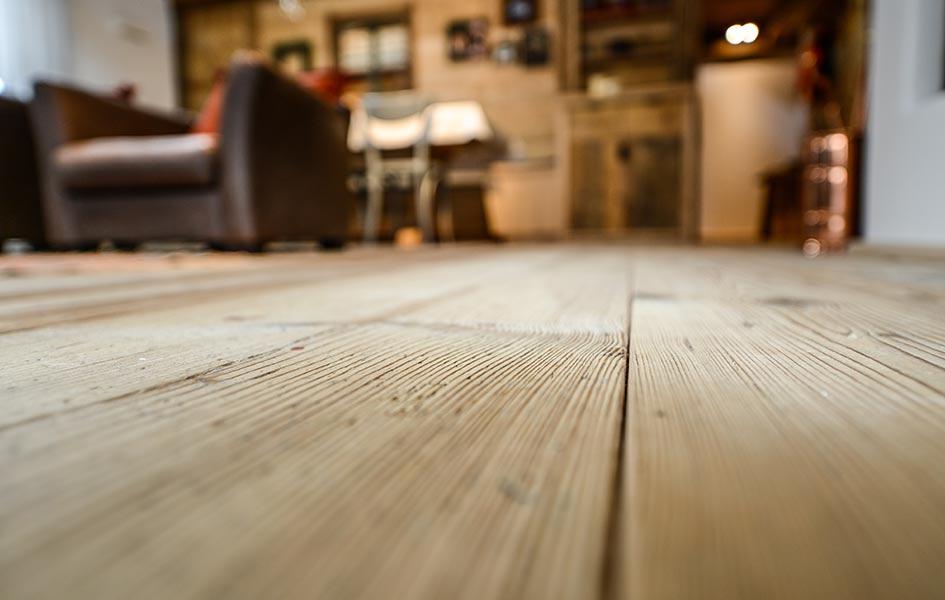 Massivholzdielen aus einem Stück Holz | HolzLand Stoellger in Langenhagen