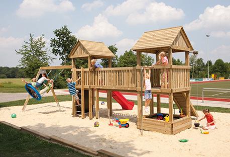 Spielturm im Sandkasten | HolzLand Stoellger in Langenhagen
