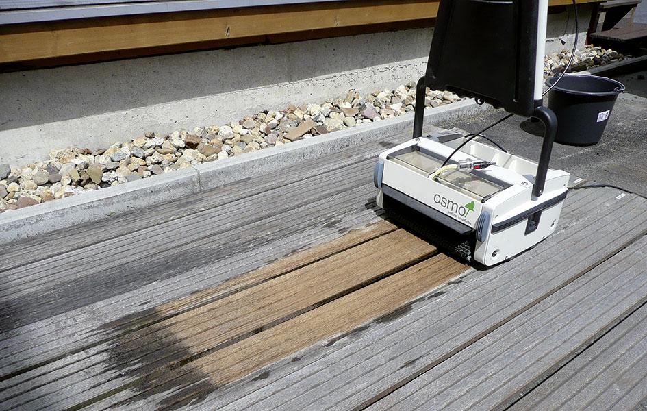 HolzLand Stoellger | Reinigungsmaschine für Terrassendielen