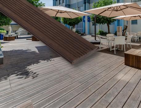 Geriffelte Bambus-Terrassendielen | HolzLand Stoellger in Langenhagen
