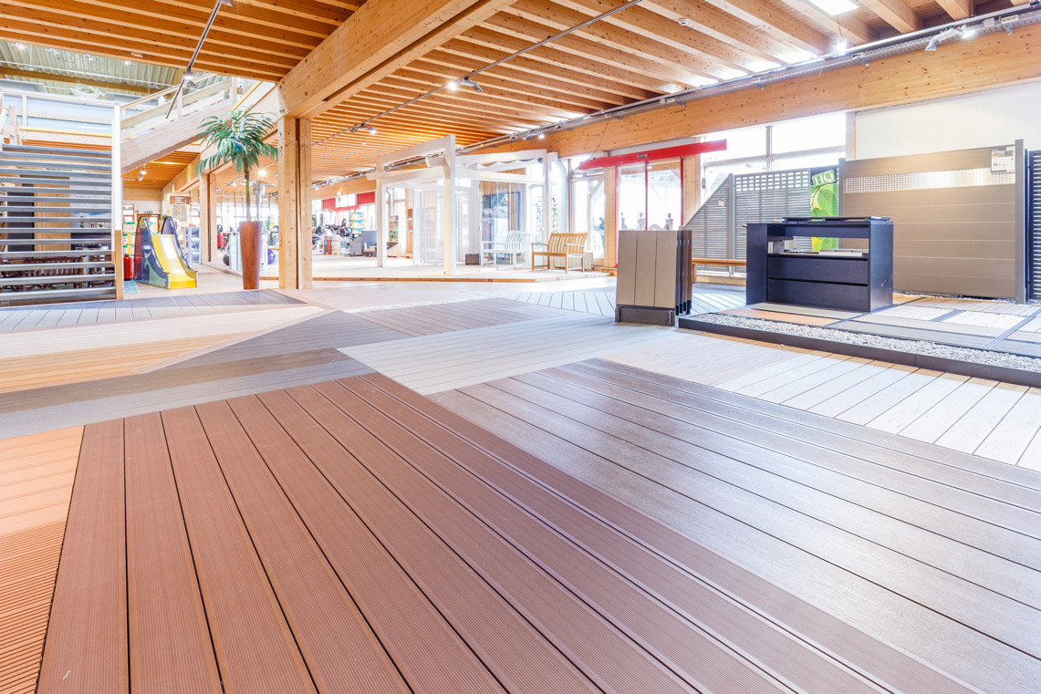 Ausstellung: Terrassen | HolzLand Stoellger in Langenhagen